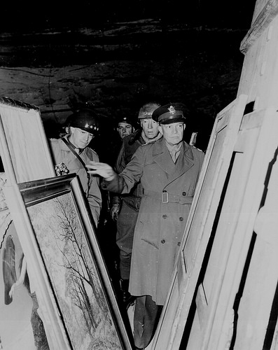 General Eisenhower inspects stolen art in Merkerse salt mine, 1945. Courtesy of National Archives.