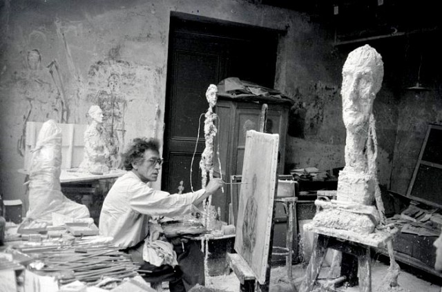 Alberto Giacometti practices unknolling in a variety of media