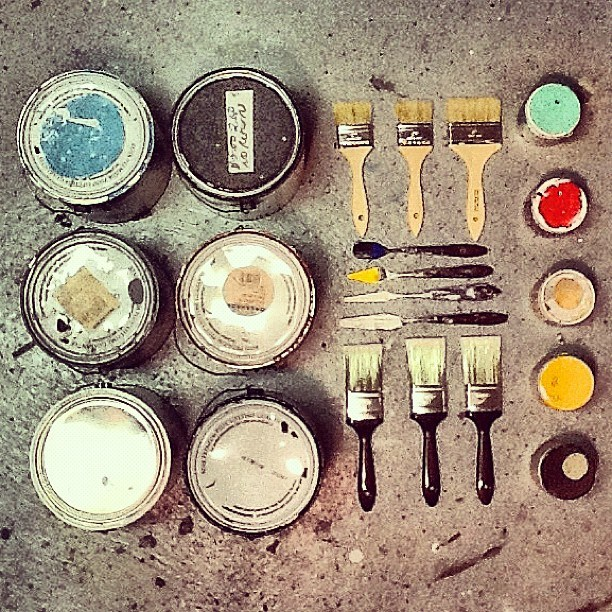 http://theultralinx.com/2013/09/50-amazing-examples-knolling-photography.html